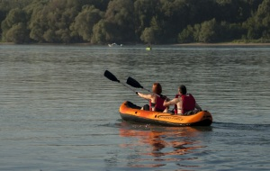 image of people kayaking